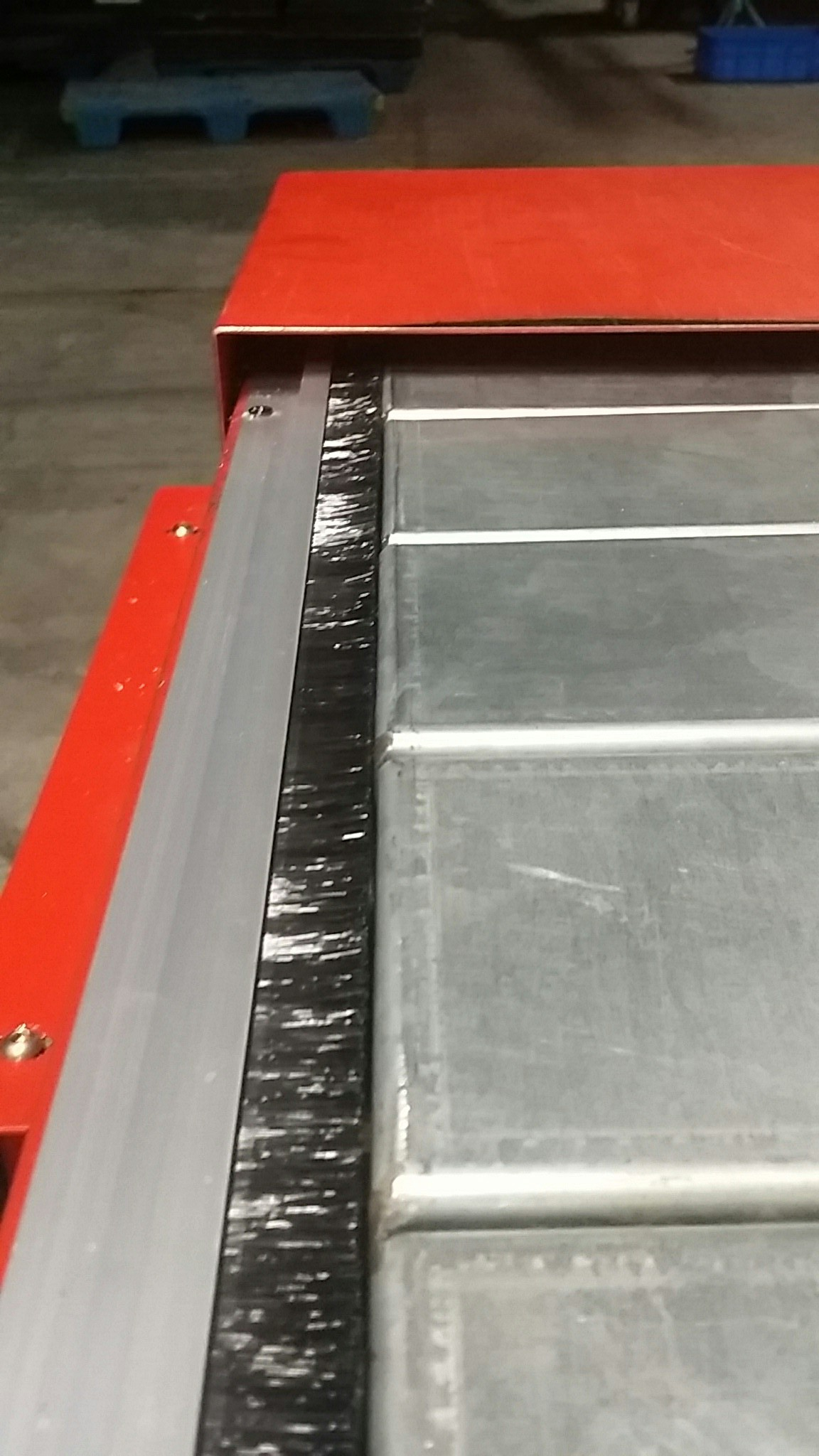 Steel plate type chain goose conveyor